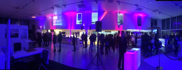 soiree-lancement-volvo-automobile-concession-eclairage-videoprojection-christie